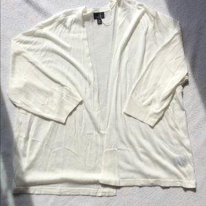 Worthington 2x, 3/4 sleeve, white cardigan.
